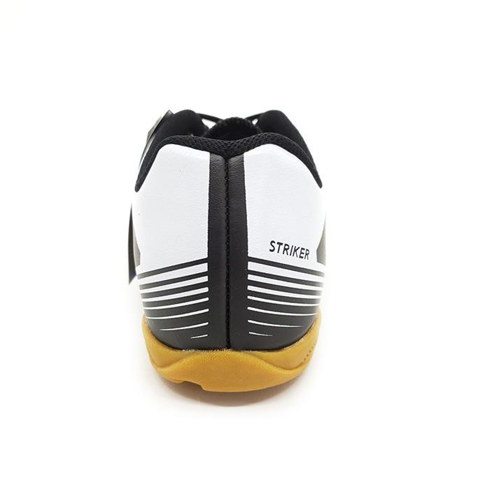 84ead91311732 Tênis Futsal Umbro Striker IV – Preto Branco – Schvambach Calçados